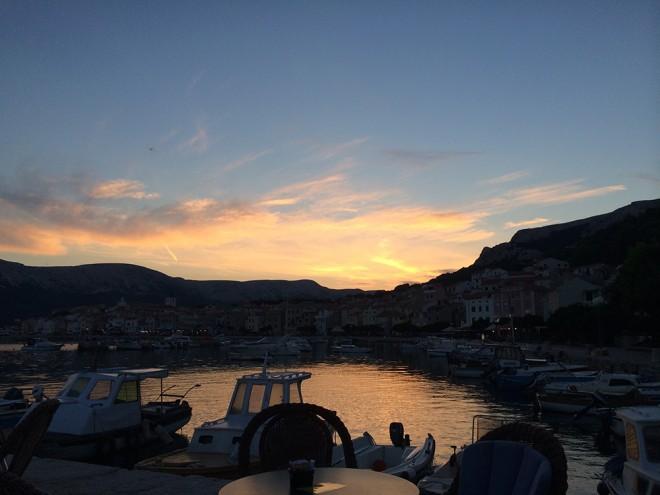 Pôr do sol em Baska, Ilha Krk
