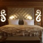 Hotel x Airbnb