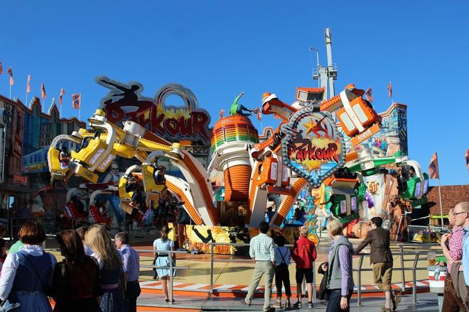 Parque de diversões na Oktoberfest
