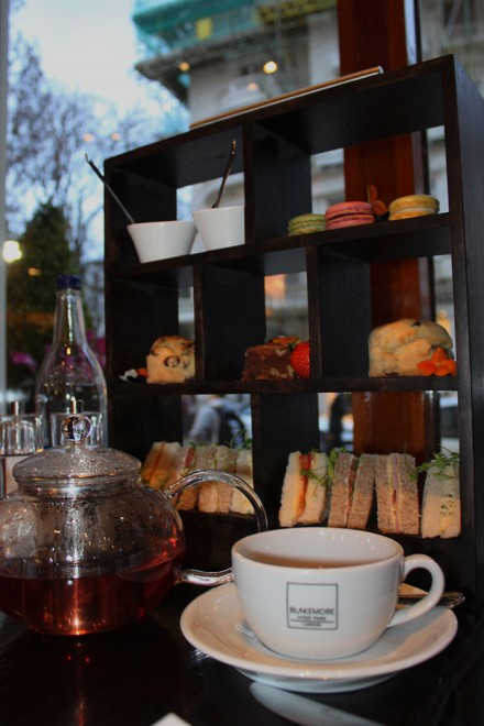 Afternoon tea, Hotel Blakemore Hyde Park, Londres