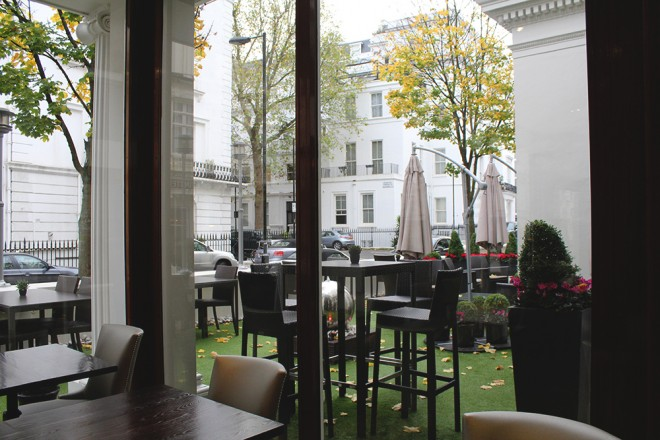 O restaurante no terraço