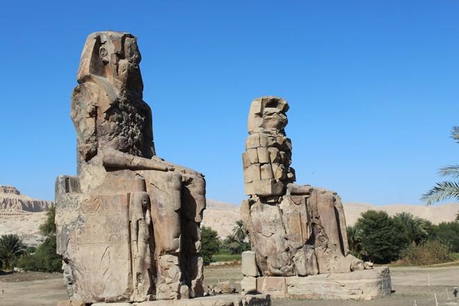 Colossi de Memnon, Luxor