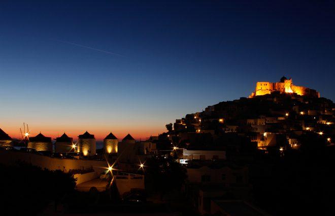 Nascer do sol em Astypalea, Grécia