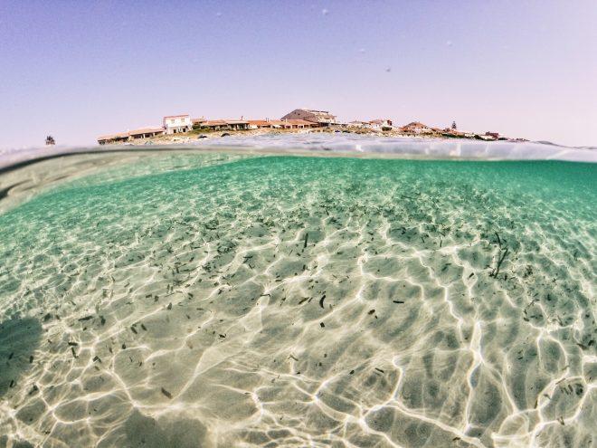 Praia na Sardenha Itália